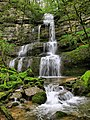 Châteauvieux-les-Fossés, cascade médiane de Raffenot.jpg