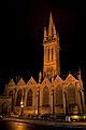 Chapelle du Kreisker éclairée 02.jpg
