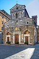 Chiesa di San Giusto - Lucca, Italia - 3 Luglio 2011 - panoramio.jpg