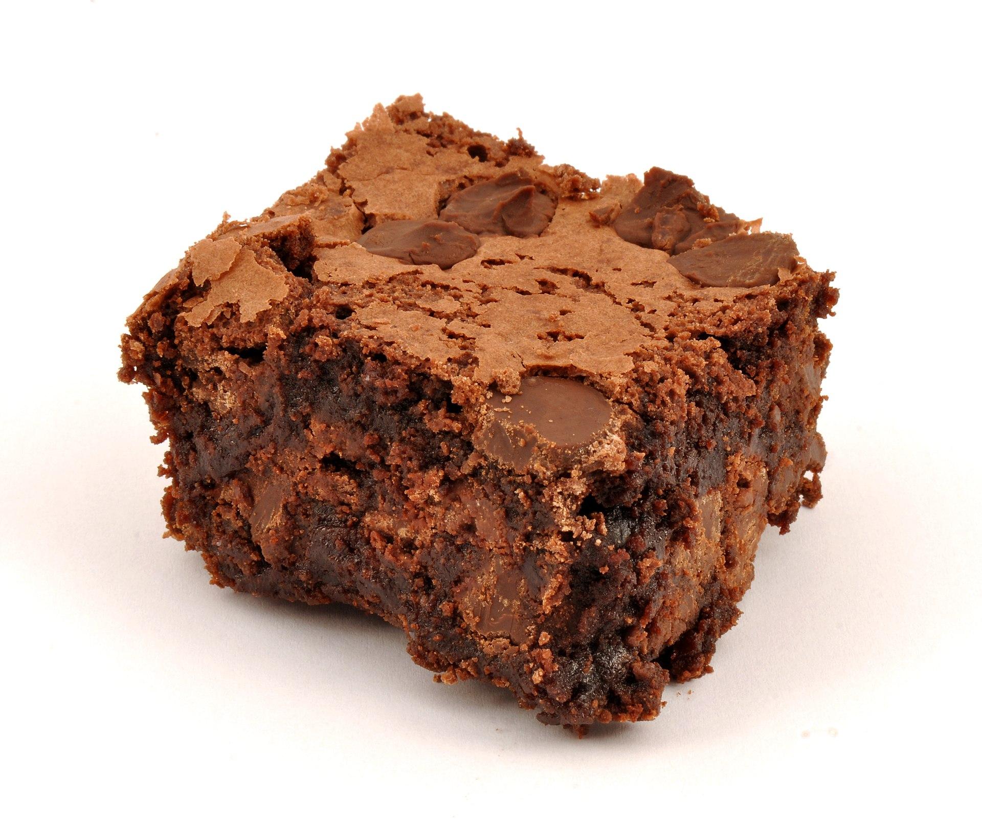 Warm Chocolate Brownie Cake
