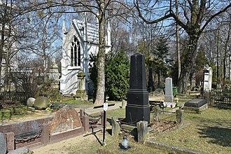Protestant Reformed Cemetery, Warsaw - Image: Cmentarz ewangelicko reformowany w Warszawie 2016