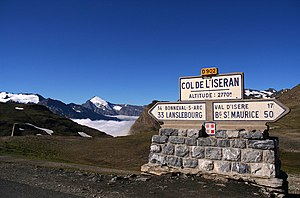 Col de l'Iseran - Signpost at the Col de l'Iseran in 2006