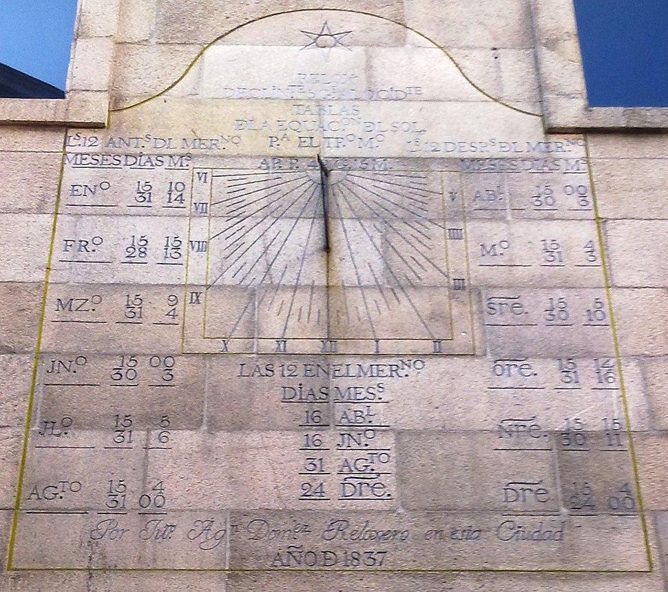 Colexiata de Santa María de Vigo, reloxo de sol