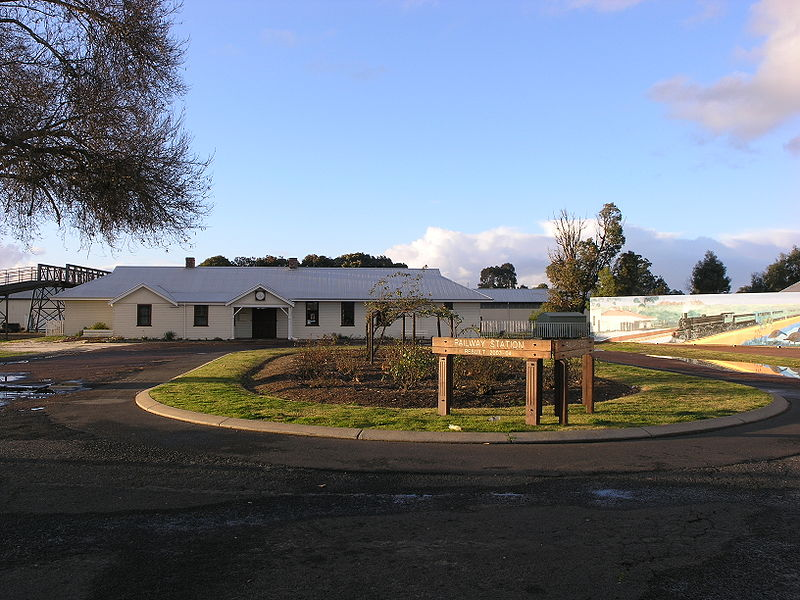 Collie Railway Station WA SMC.JPG