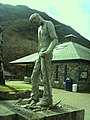 Commemorative statue of a Dam Worker - geograph.org.uk - 1236085.jpg