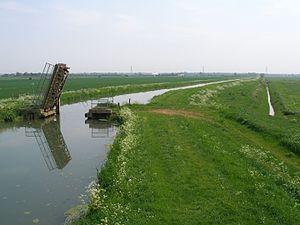 Internal drainage board - View of Cock up Bridge, Burwell Lode and Swaffham Internal Drainage Board channel, Wicken Fen, Cambridgeshire