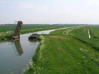 Internal drainage board