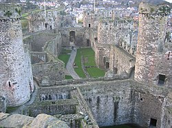 Conwy Castle - geograph.org.uk - 43857.jpg