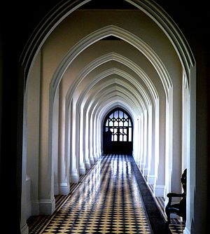 Stanbrook Abbey - Corridor in Stanbrook Abbey (Worcestershire)