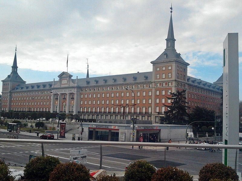 Cuartel del Ejercito del Aire en Madrid (3).jpg