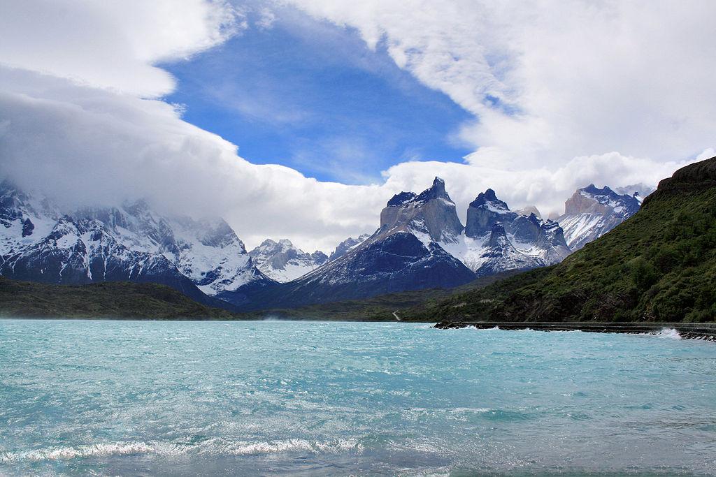 File:Cuernos Del Paine, Parque Nacional Torres Del Paine