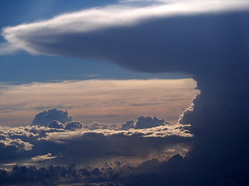 Cumulonimbus from an airplane at 32000ft, pic3