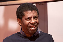 Dany Laferriere 20100328 Salon du livre de Paris 1.jpg