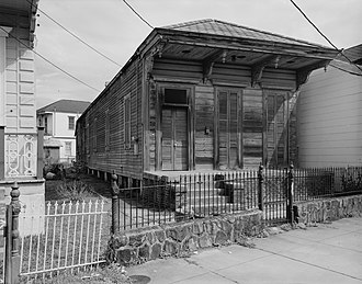 Faubourg Marigny - 1979 photograph of 2519 Dauphine Street by Jet Lowe