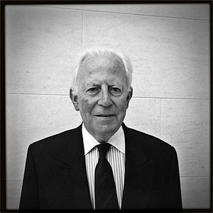 Jacques Santer - Image: De Jacques Santer am Juli 2011