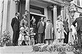 Defile Soestdijk Koninklijke familie op bordes, Bestanddeelnr 929-1540.jpg
