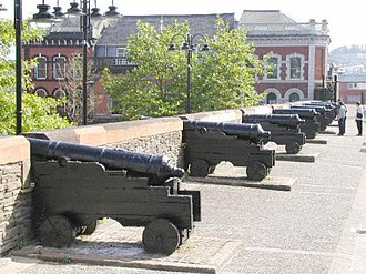 Siege of Derry - Cannons on the Walls of Derry