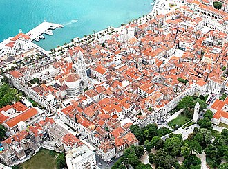 Diocletian's Palace - Image: Diocletian's Palace from the air