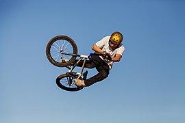 Dirt jump IMG 7936.jpg