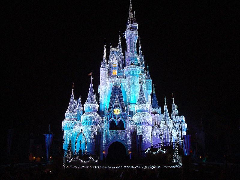 File:Disney Orlando castle at night.JPG