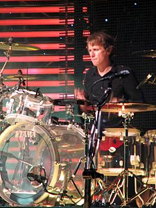 Dominic Howard Muse Live In Toronto.jpg
