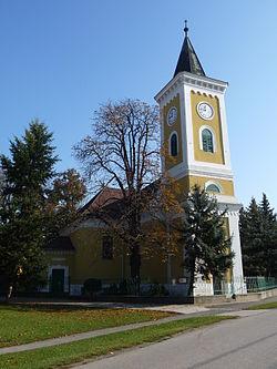 Domonyi evangélikus templom.jpg
