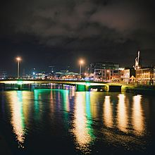 Dublin Bridge night.jpg