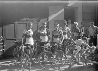 1947 Tour de France - Dutch riders after stage one