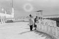 ETH-BIB-Frau und Mann in Beni-Abbès-Nordafrikaflug 1932-LBS MH02-13-0209.tif