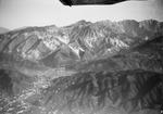 ETH-BIB-Marmorbrüche von Carrara von S.W. aus 1800 m Höhe-Kilimanjaroflug 1929-30-LBS MH02-07-0001.tif