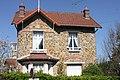 Eaubonne , les belles meulières du quartier Paul Bert - panoramio (91).jpg