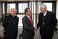 Eduardo Frei con obispos (3969874359).jpg