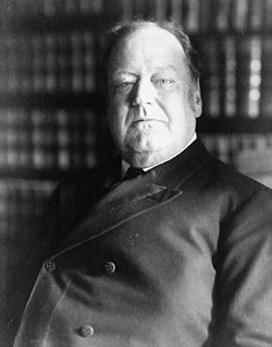 Photo of a white man in a suit (Justice Edward White)