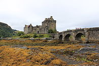 Eile Donan Castle September 2013.JPG