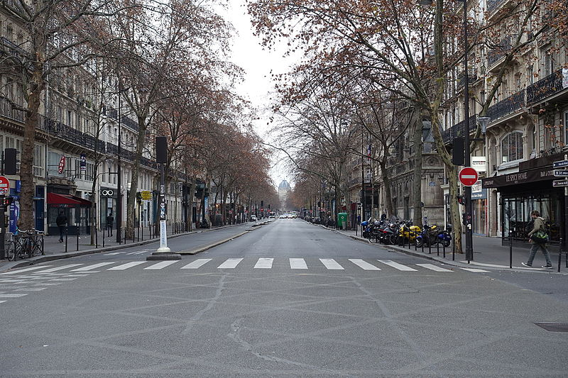 file empty street boulevard de s bastopol paris 1 january wikimedia commons. Black Bedroom Furniture Sets. Home Design Ideas