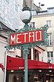 Entrée Métro St Michel Paris 2.jpg