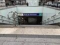 Entrée Station Métro Porte Vincennes Paris 6.jpg