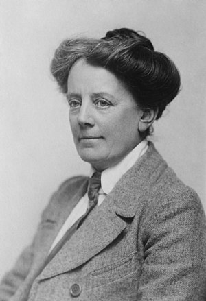 Violet (opera) - Ethel Smyth, who is played in the opera by a baritone