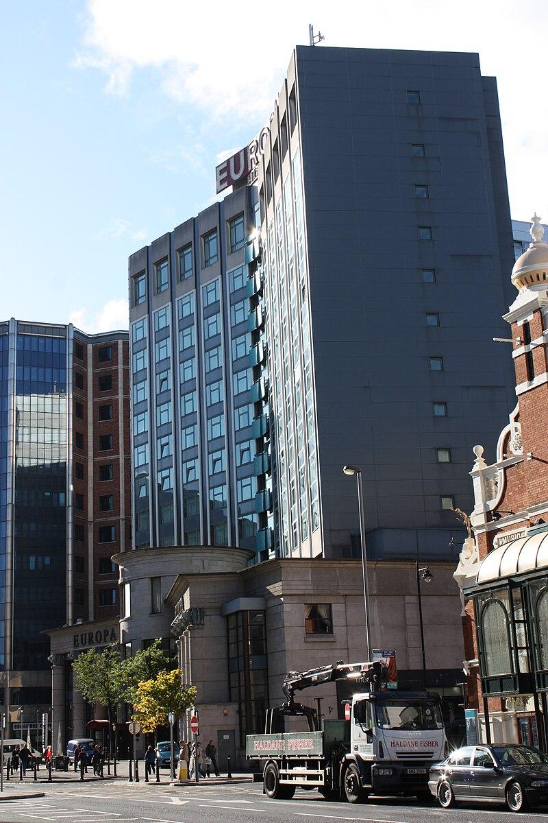 File:Fitzwilliam Hotel, Belfast, October 2010.JPG