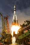 Expedition 56 Launch (NHQ201806060011).jpg