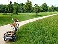 FFM Niddapark Fahrradrast.jpg