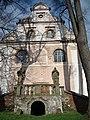 Fasada kościoła.jpg