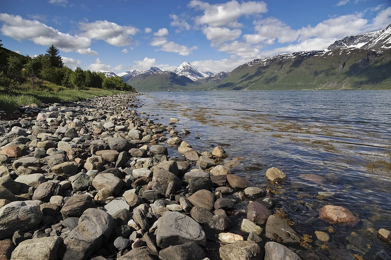 File:Fjord coast landscape from east coast of Storfjorden ...