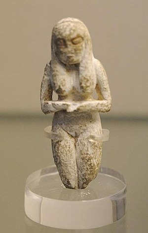 Badari culture - Ancient Badarian mortuary figurine of a woman, held at the British Museum.