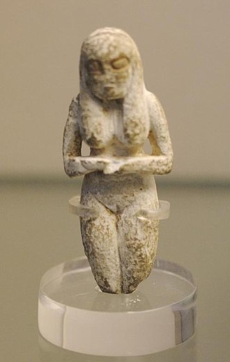 Badarian culture - Ancient Badarian mortuary figurine of a woman, held at the British Museum