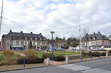 Fontaine-la-Mallet, the square, (France).JPG