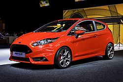 Ford Fiesta - Mondial de l'Automobile de Paris 2012 - 003 (image modifié).jpg