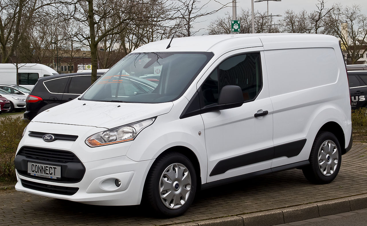 Ford Transit Connect >> File:Ford Transit Connect 1.6 TDCi (II) – Frontansicht, 3. April 2015, Düsseldorf.jpg ...