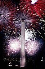 Függetlenség napi tűzijáték a Washington-emlékműnél