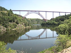 France Cantal Viaduc de Garabit 06.jpg